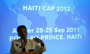 Valerie Amos, Under-Secretary-General for Humanitarian Affairs, on a visit to Haiti