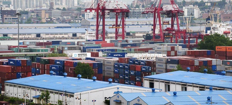 La inversión extranjera directa en América Latina y el Caribe ha caído un 25% interanual en el primer semestre del año según la UNCTAD