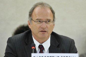 Le Rapporteur spécial Christof Heyns. Photo ONU/Jean-Marc Ferré
