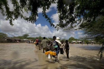 Displaced Somalis were affected by previous floods in November 2006, in Dadaab