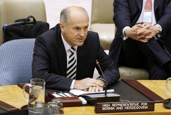 Le Haut représentant pour la Bosnie-Herzégovine, Valentin Inzko.