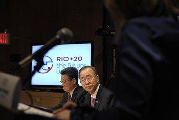 Le Secrétaire général de l'ONU, Ban Ki-moon, et le Secrétaire général de la Conférence Rio+20, Sha Zukang.