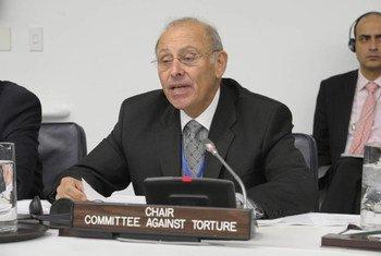 Le Président du Comité de l'ONU contre la torture, Claudio Grossman. Photo ONU/Evan Schneider