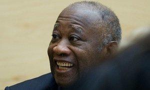 """De acordo com a acusação, Gbagbo se apegou ao poder """"por todos os meios"""" e foi indiciado por crimes contra a humanidade."""