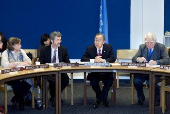 Secretary-General Ban Ki-moon (second right) addresses Global Compact Board Meeting