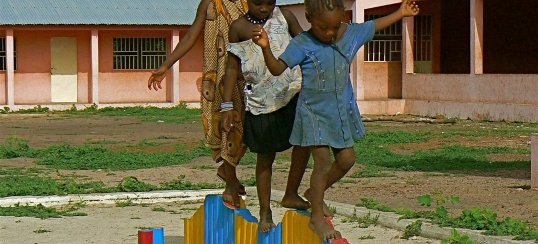 Des enfants de Guinée-Bissau.