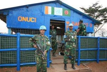Des casques bleus de l'ONUCI dans l'ouest de la Côte d'Ivoire.