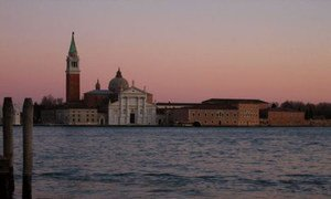 В ЮНЕСКО чрезвычайно обеспокоены состоянием Венеции, где был зарегистрирован самый высокий за последние 50 лет уровень воды
