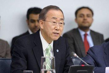 Le Secrétaire général Ban Ki-moon présente sa vision pour les cinq prochaines années devant l'Assemblée générale. Photo ONU/Mark Garten