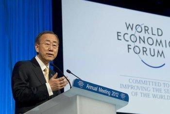 Le Secrétaire général Ban Ki-moon au Forum économique mondial de Davos. Photo ONU/Eskinder Debebe
