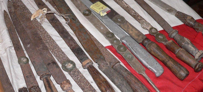 Instrumentos utilizados para la ablación en Sierra Leona. Foto: IRIN/Bryna Hallam