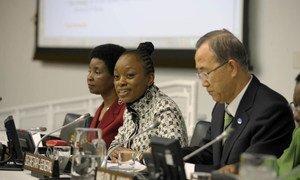 From right: Secretary-General Ban Ki-moon, broadcaster Femi Oke and Deputy Secretary-General Asha-Rose Migiro at Women's Day event.