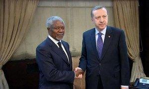 UN-Arab League envoy Kofi Annan with Turkish Prime Minister Recep Tayyip Erdogan during talks on the situation in Syria.