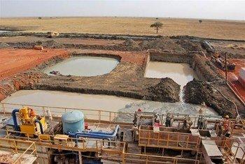 Campo petrolero de Heglig, Sudán  Foto: PNUMA