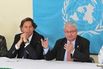 Under-Secretary-General for Peacekeeping Operations Hervé Ladsous (right) with head of the UN mission in Côte d'Ivoire Bert Koenders.