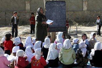 Des fillettes de l'école de Rukshana, à Kaboul, en Afghanistan.