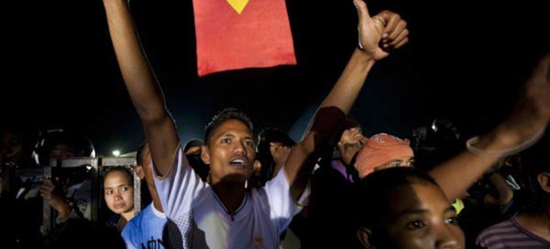 Des citoyens du Timor-Leste célèbrebrent l'inauguration du Président Taur Matan et l'anniversaire de l'indépendance de leur pays. Photo MINUT/Martine Perret