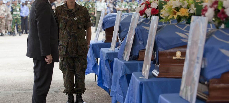 Under-Secretary-General for Peacekeeping Operations, Hervé Ladsous pays tribute to fallen 'blue helmets' in Côte d'Ivoire. UN