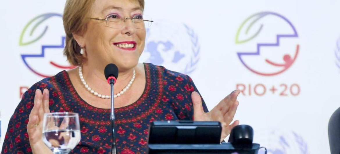 """UN Women Executive Director Michelle Bachelet briefs press on """"The Future Women Want,"""" at the Rio+20 Conference on Sustainable Development in Brazil."""
