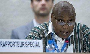 Le Rapporteur spécial des Nations Unies sur le droit de réunion et d'association pacifiques, Maina Kiai.
