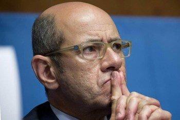 联合国日内瓦办事处新闻发言人法奇资料图片。联合国图片/Jean-Marc Ferré