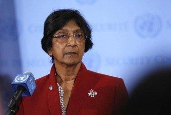 La Haut Commissaire des Nations Unies aux droits de l'homme, Navi Pillay, à la sortie du Conseil de sécurité le 2 juillet 2012.