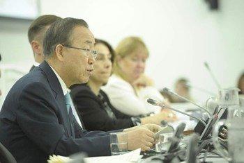 Secretary-General Ban Ki-moon launches the 2012 MDG Report.