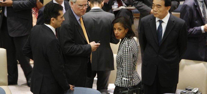 Les membres du Conseil de sécurité après le vote sur la la prorogation de la Mission de supervision de l'ONU en Syrie. Photo ONU//Devra Berkowitz