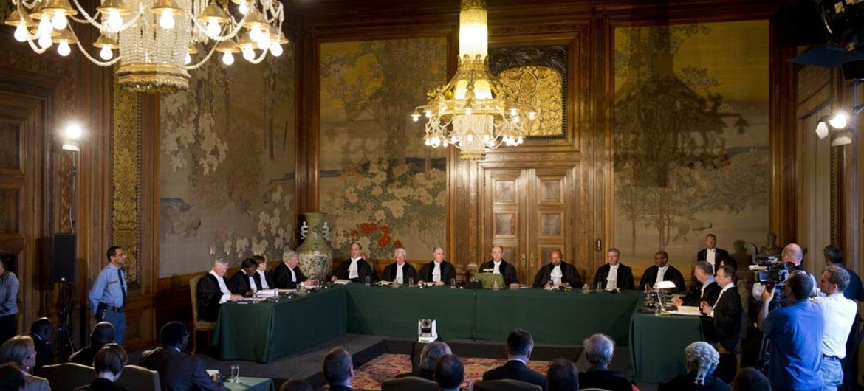 جلسة محكمة العدل الدولية  أثناء نظر القضية المتعلقة بالرئيس التشادي السابق حسين حبري. من صور الأمم المتحدة / محكمة العدل الدولية-  فرانك فان بيك