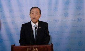 Secretary-General Ban Ki-moon speaks to reporters.