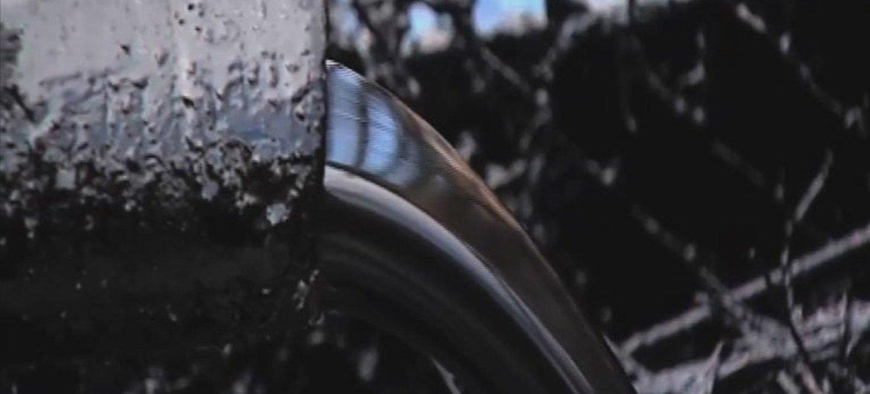 Un oléoduc du gisement de pétrole de Foluge, au Soudan du Sud. ONU Vidéo