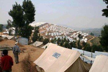 Kigeme refugee camp in southern Rwanda – stretching as far as the eye can see.