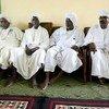 Une délégation de la tribu Ziyadiah, lors d'une réunion avec des responsables de la MINUAD, à Mellit, dans le Nord Darfour.