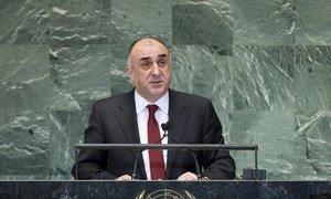 Foreign Minister Elmar Mammadyarov of Azerbaijan addresses the General Assembly.