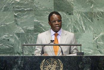 Le Ministre des affaires étrangères de la République du Congo, Basile Ikouebe.