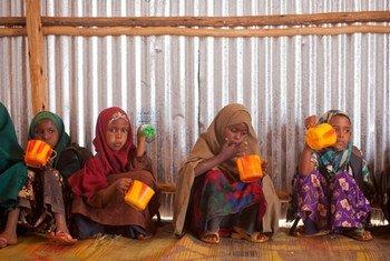 Watoto wakimbizi kutoka Somalia wakiwa kwenye kambi ya Buramoni nchini Ethiopia.