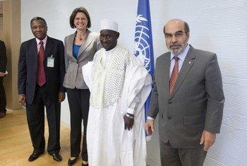 De gauche à droite: Lapodini Atouga (CEDEAO), Ilse Aigner (Allemagne), Djibo Banga (ROPPA) et  José Graziano da Silva (FAO).