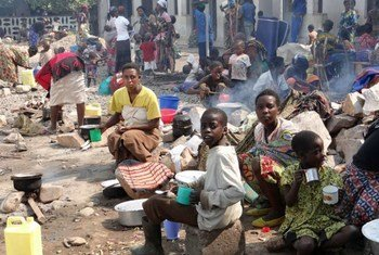 Un groupe de réfugiés congolais au Burundi.