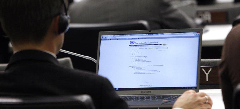 Empresarios debaten sobre la importancia de las TIC. Foto de archivo.
