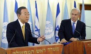 Secretary-General Ban Ki-moon (left) holds joint press conference in Jerusalem with Prime Minister Benjamin Netanyahu of Israel.