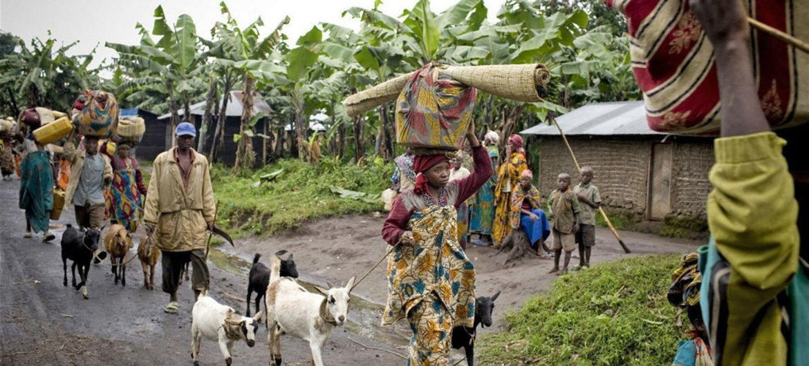 IDPs who fled clashes in Kabindi, eastern DRC, between government forces and the M23 rebel group in May 2012.