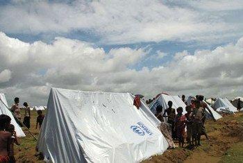 Un camp de personnes déplacées près de Sittwe, dans l'état de Rakhine, au Myanmar.