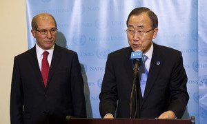 Secretary-General Ban Ki-moon (right) with Ahmet Üzümcü, Director-General of the Organization for the Prohibition of Chemical Weapons.