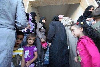 Des réfugiés syriens dans la Vallée de la Bekaa, au Liban.