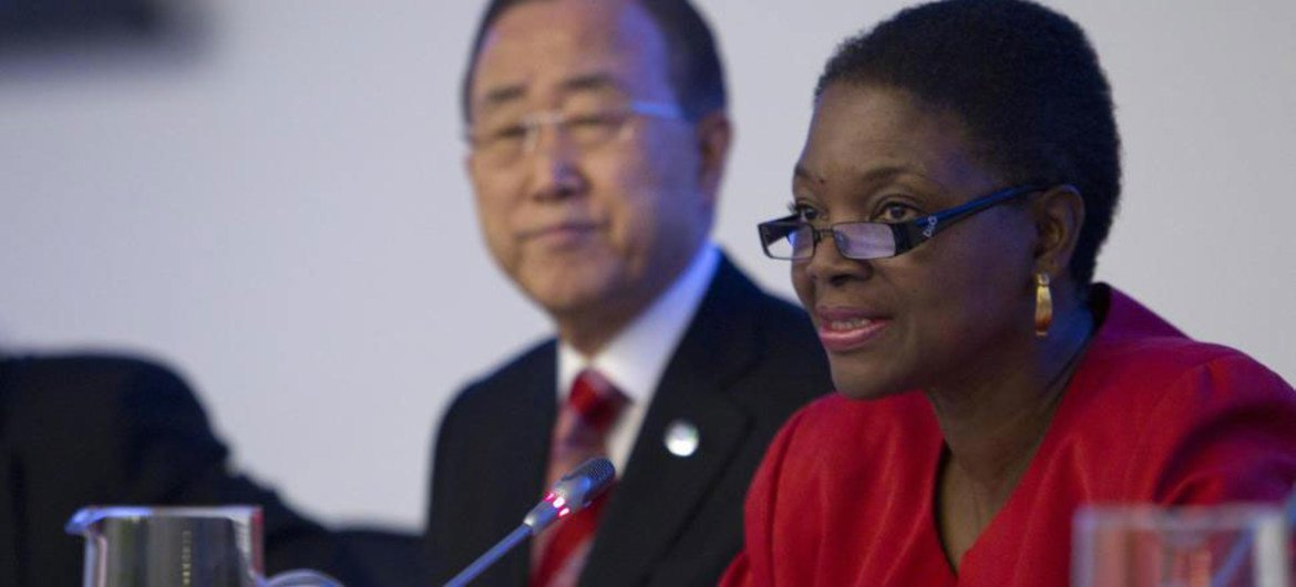 Secretary-General Ban Ki-moon (left) and humanitarian chief Valerie Amos at the annual high-level conference on the Central Emergency Response Fund (CERF).