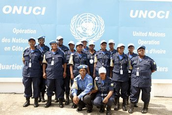 Contingent of 15 female police officers from Rwanda arrives in Côte d'Ivoire.