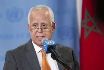 Le Président du Conseil de sécurité pour le mois de décembre 2012, l'Ambassadeur Mohammed Loulichki, du Maroc.