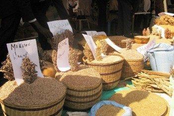 Céréales sur un marché au Soudan du Sud.