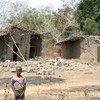 Une maison abandonnée en ruines dans le nord de la République centrafricaine.