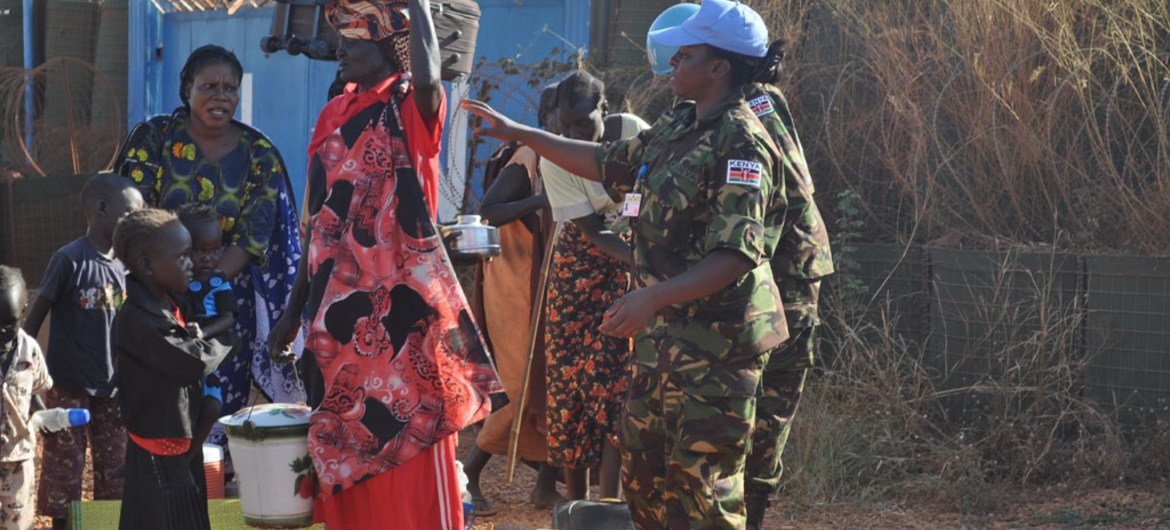 UN peacekeepers in South Sudan assisting civilians caught up in the violence in Wau, the capital of  Western Bahr El Ghazal state.